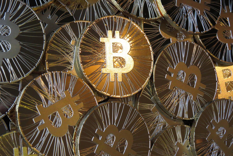 Криптовалюта: где купить и безопасно хранить