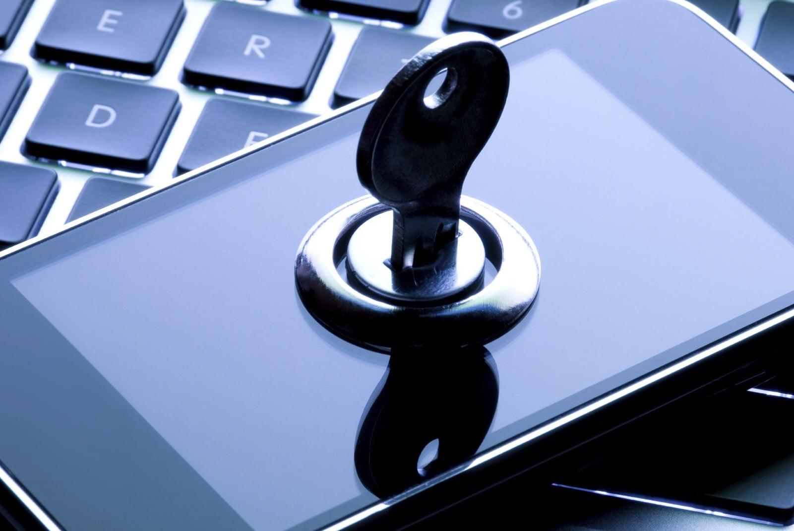 Как защитить свои данные на случай, если ваш телефон украдут