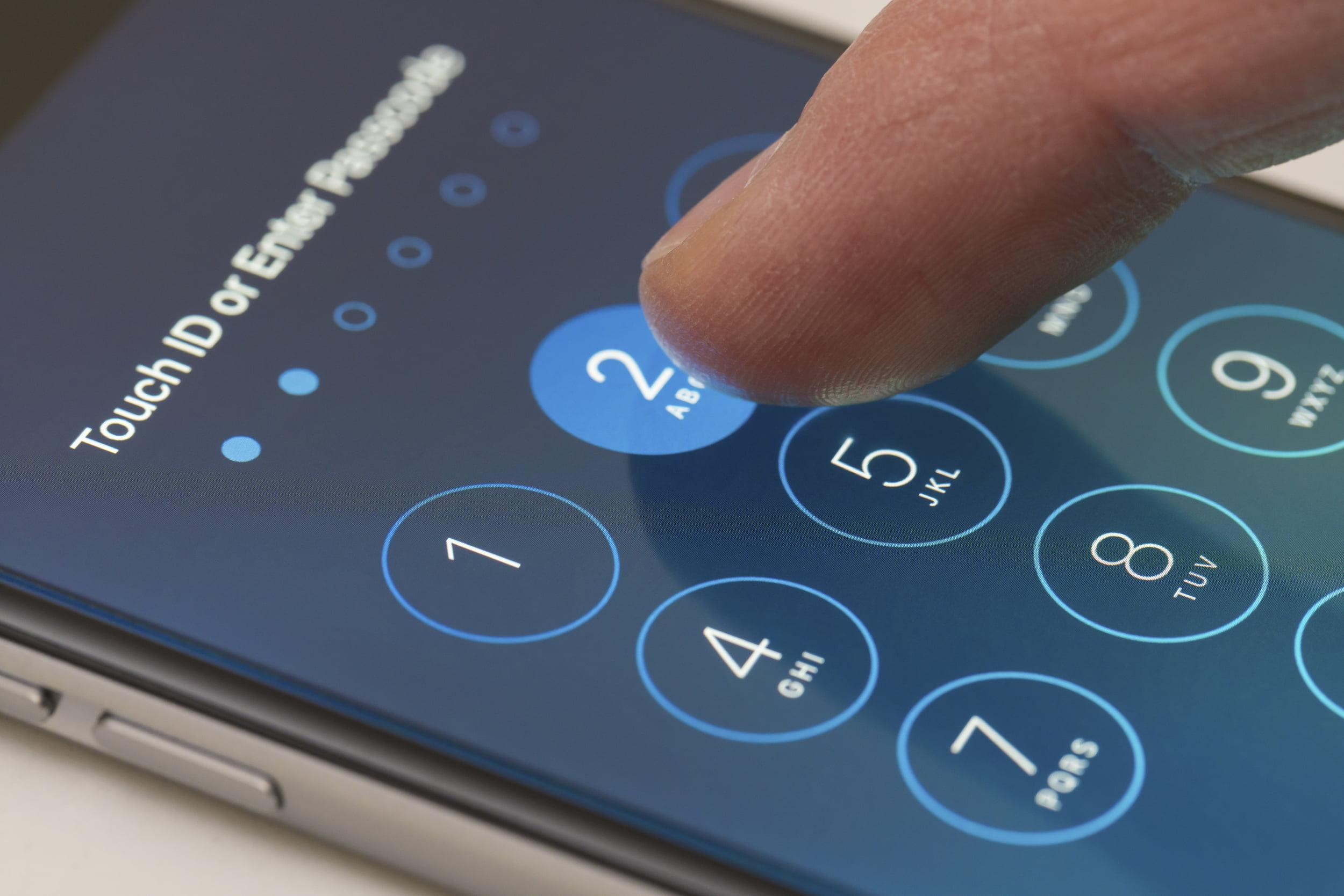 8 способов сделать пароль от iPhone неуязвимым для хакеров и госорганов