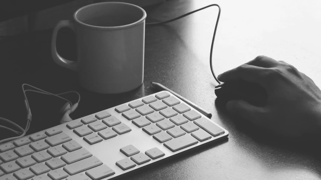 Как сгенерировать страницу для кликджекинг-атаки с помощью Burp Suite