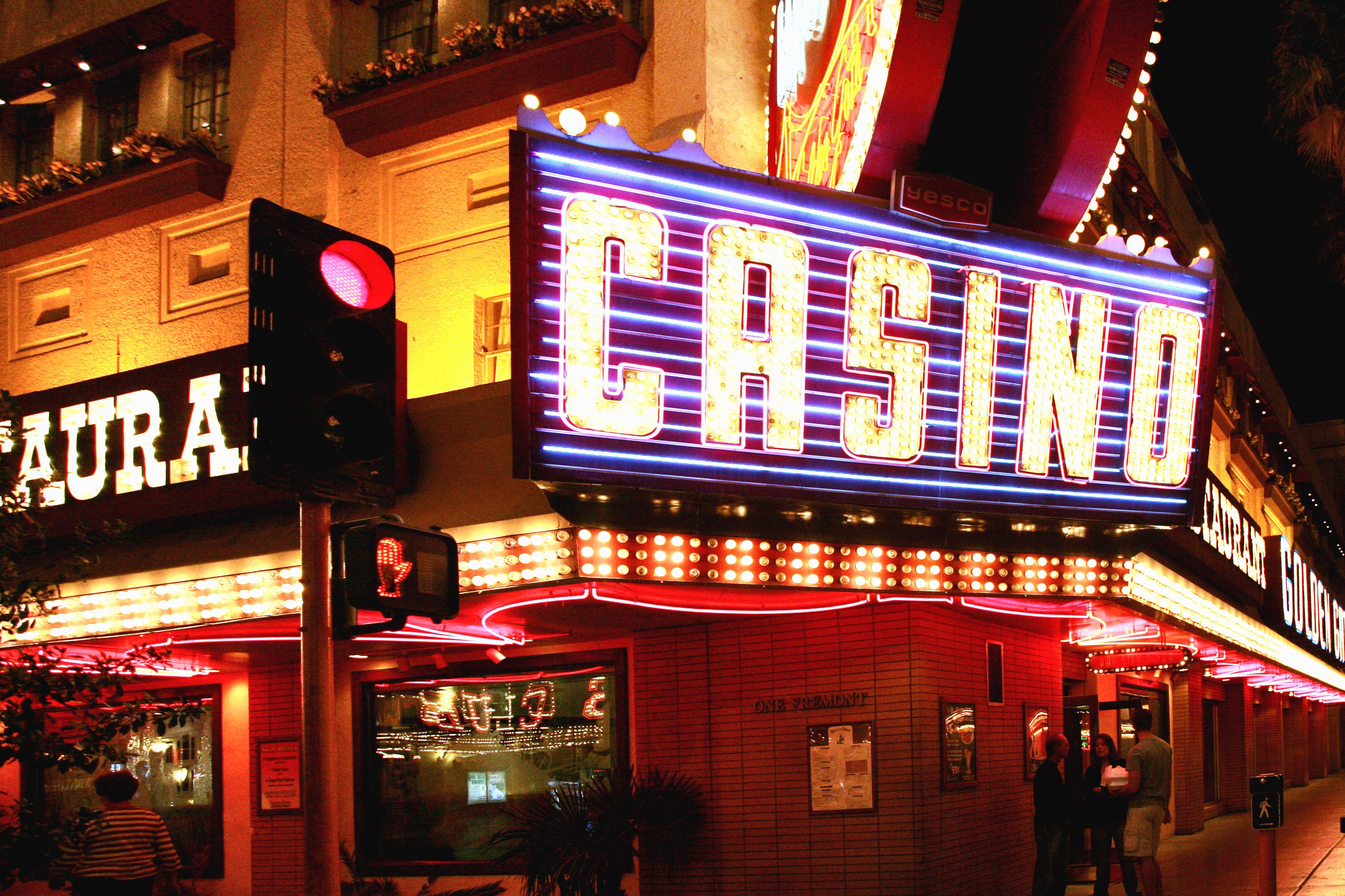 Как заработать деньги в онлайн казино. Разумный подход