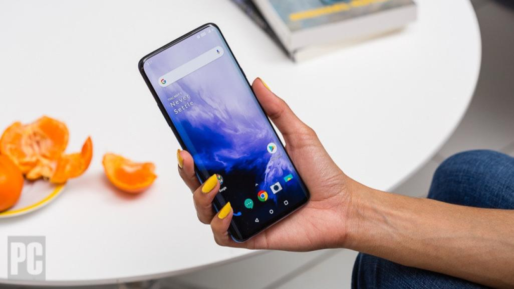 OnePlus 8 получит лучший экран 2020 года