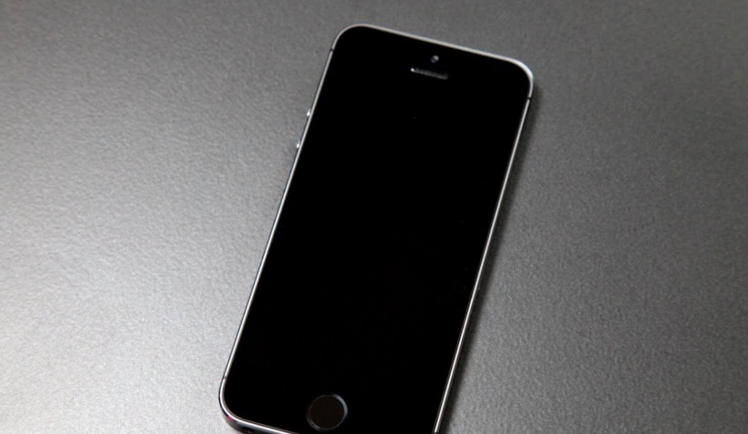 Как починить iPhone, если он не включается